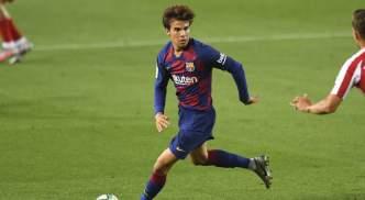 Barcelona midfielder Riqui Puig