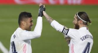 Casemiro and Ramos celebrate against Granada