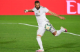 Real Madrid 2-0 Gladbach: Benzema double fires Zidane's men to last 16
